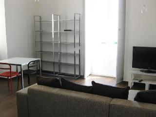 two room apartment, Trani