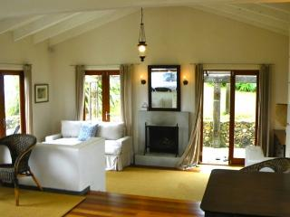Romantic Retreat - Waiheke Island vacation rentals