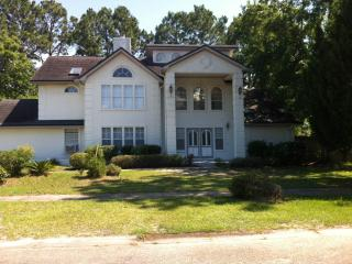 Entire large lovely home all to yourself!, Panama City