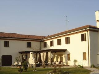 Large Luxury Villa Near Venice, San Dona Di Piave