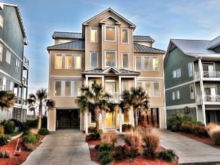 Ocean View Ln 104 Oceanfront! | Internet, Elevator, Jacuzzi, Fireplace, North Topsail Beach