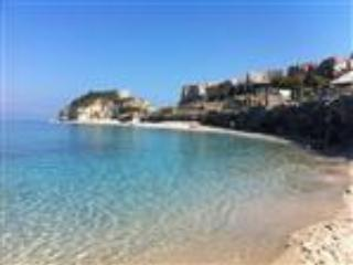 Town centre penthouse appartment with sea views, Tropea