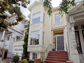 4BR/3BA Stylish Pacific Heights House - Ideal Location and Property! Sleeps 7, San Francisco