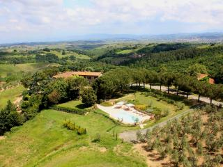 Afforbale Villa in Florence Countryside, Montespertoli