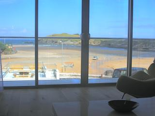 Beachfront holiday home, Porth, Newquay, Cornwall