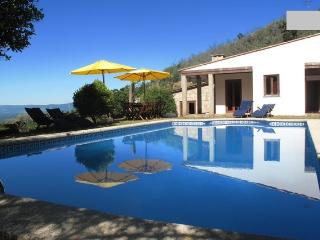 Relaxing in a peaceful environment., Valenca
