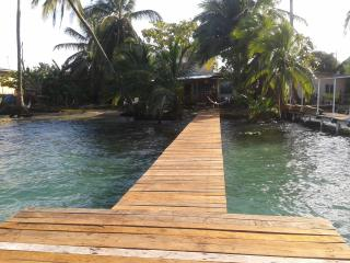 The Bocas Town Beach House, Pueblo de Bocas