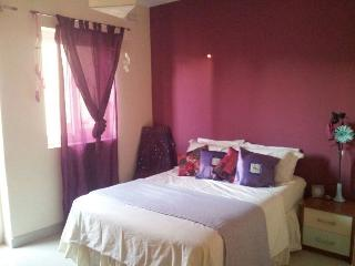 Cosy bedroom in a private house, Swieqi