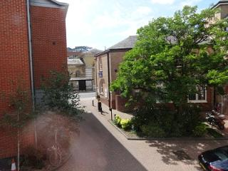 Flat in the centre of town, Winchester
