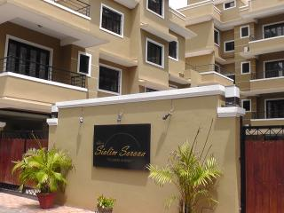 North Goa - Excellent 2BK fully furnished apt, Siolim