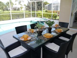 Lovely 3 bd villa Naples-Lely (private Pool & Spa)