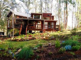 Luxury chalet in Australian high-country forest, Mount Buller
