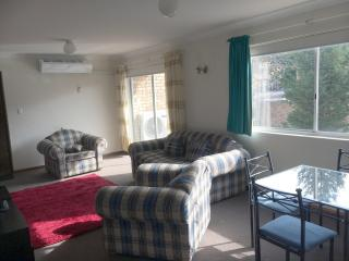 Unit 2 (33Gippsland) - Great Value, Jindabyne