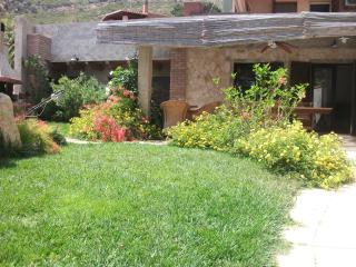 Beautiful house with cute garden 300 m to the sea, Solanas