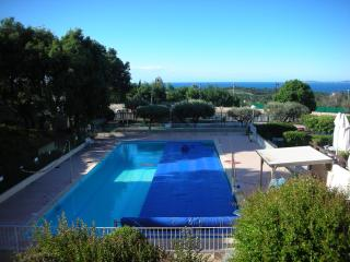 sea view apartment close to village centre, La Croix-Valmer