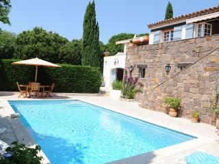 Provencal house with swimming-pool and sea view, Cavalaire-Sur-Mer