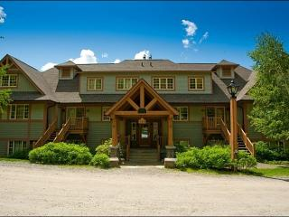 Inviting Furnishings and Decor - Private Balcony with Summer BBQ and Outdoor Furnishings (6111), Mont Tremblant