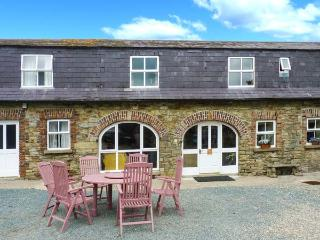 TOBER EILE, pet friendly, character holiday cottage, with a garden in Ferns, County Wexford, Ref 4557