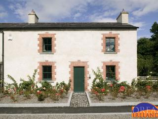 21588 - Gate House at Castleto, Maynooth