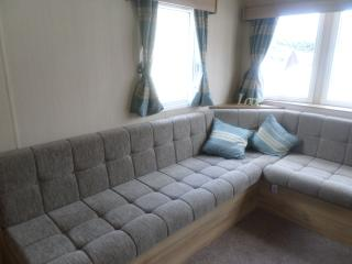 3 bed static caravan in Exmouth, Devon Cliffs