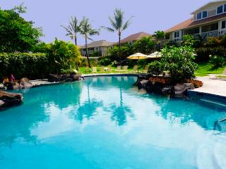 Ocean View 3BR Kailua-Kona Condo with Access to Salt-Water Pool & Hot Tub