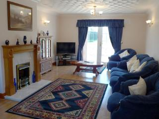 Five Star Holiday Home - Highfield House, Beulah, Nr Aberporth
