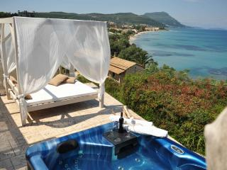 Corfu Boutique Suites, Messonghi