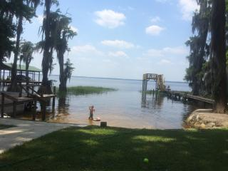 Sandy Beach on Lake Santa Fe- Melrose, FL