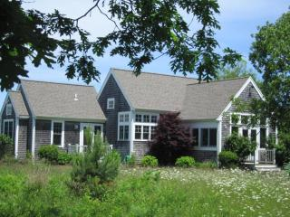 Meadow Setting, Guest Cottage with Hot Tub 116362, Edgartown