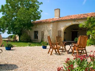 Le Clozet Holiday Cottages in Gascony, Condom