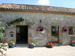 La Bergerie Holiday Cottage in Gascony, Condom
