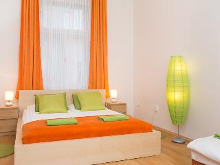I`M Sunrise Apartment, 10 minutes downtown, Praag