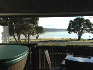 Seaview Cottage Close To Airport &  Downtown, Auckland Region