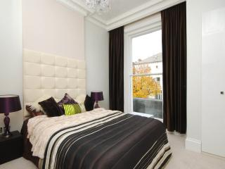 Luxury serviced apartment, London