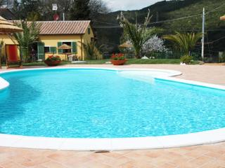 Deluxe Villa with private pool, ideal x 2 families, Montescudaio