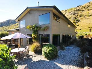 Redlands Farm & Holiday Home, Queenstown