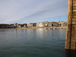 Spacious townhouse in St Ives with parking.