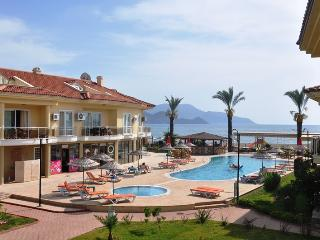 Holiday Apartment With Large Shared Pool, Fethiye