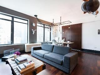 Broad St 2 - by onefinestay, New York