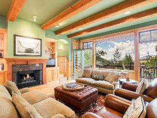 Double Eagle - 3 Bd/ 3 Ba - Sleeps 6 - Deluxe Mountain Village Home - Incredible Views with Open Floor Plan, Telluride