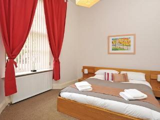 Astor House - one bed (11), Torquay