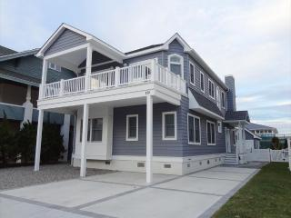 178 83rd Street in Stone Harbor, NJ - ID 537116