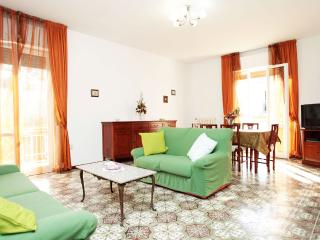 Elegant & Cozy House 5 mins from Beach, Pescara