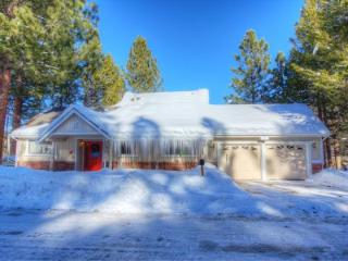 Great 4 BR Pet Friendly Home Located on A Beautiful Meadow ~ RA61068, South Lake Tahoe
