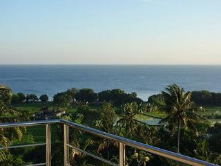 Huge Luxury Villa with Spectacular Panorama View, Lovina Beach
