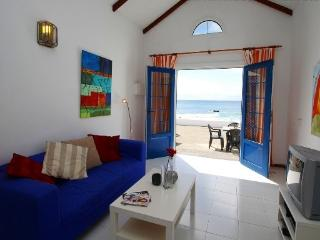 Casita del mar First line with great Sea views, Punta Mujeres