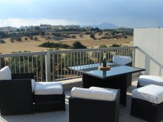 2 Bed Townhouse & 2 Bed Apartment @ The Grove, Mazotos
