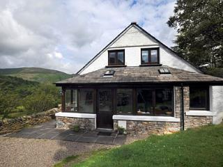 Cosy house with dramatic views of Ullswater Valley, Patterdale