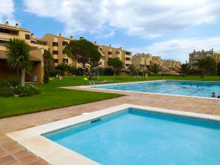Front beach apartment garden and pools,COSTA BRAVA, Pals