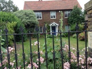 Strawberry Cottage, Isleworth
